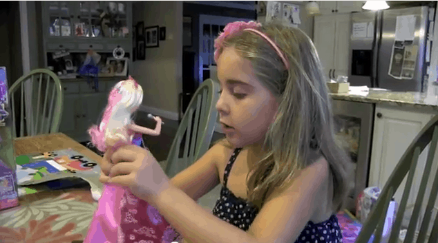 Girl Toy Review:  Barbie Princess And The Popstar -  Keira and Tori Dolls (VIDEO)