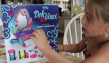 DohVinci Play Doh Vanity Complete Design Kit Toy Review