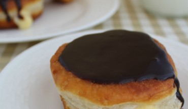 Boston Cream Donuts Recipe: Make Your Own At Home!