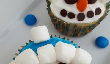 Snowman Cupcakes Recipe: Fun For Kids!