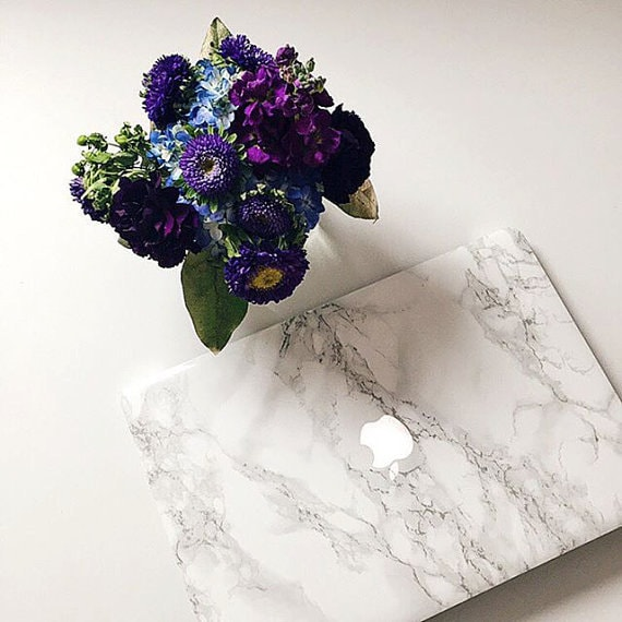 Marble Apple Accessories - iPad And Laptop