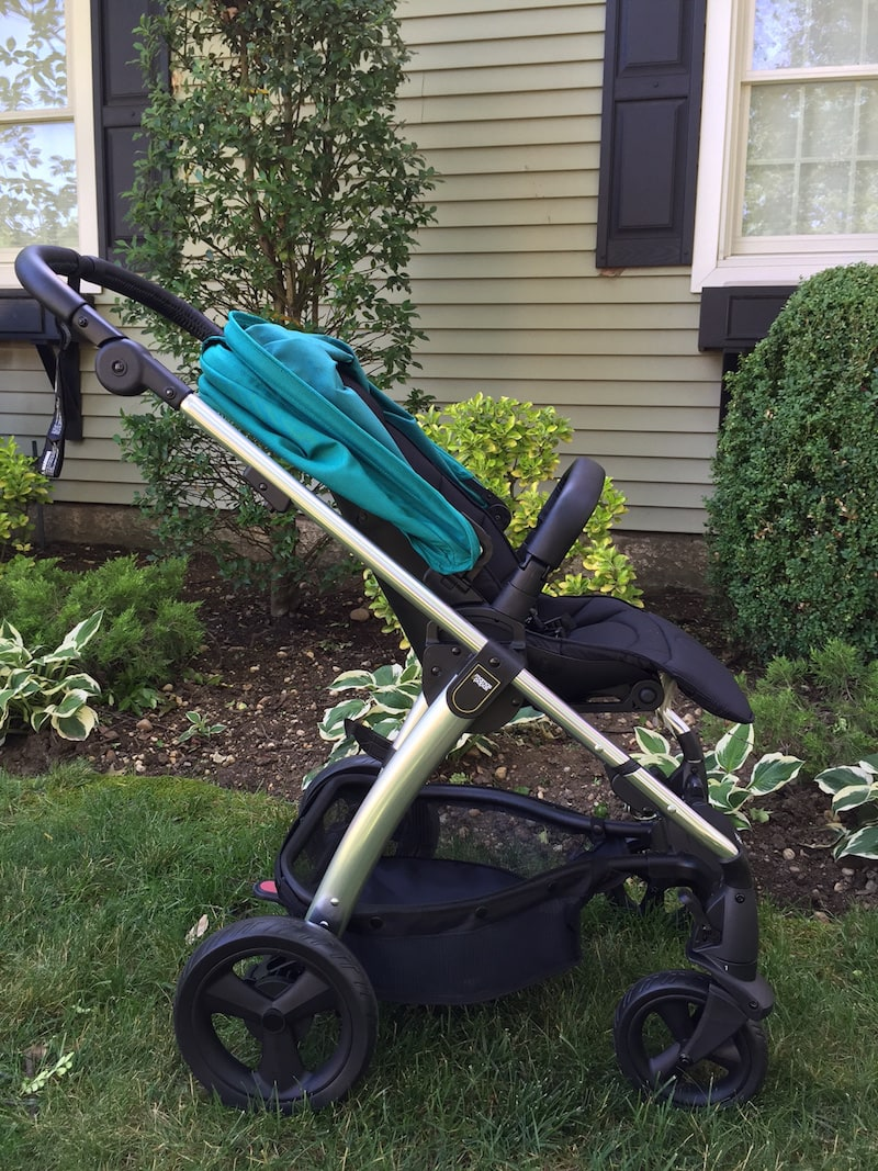 The Mamas & Papas Sola 2 MTX stroller is lightweight with added multi-terrain features for parents who love adventure.
